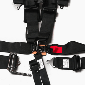 4.2 Harness model includes all of the key features of the others while using an automotive style latch for the buckle and the shoulder straps sewn to the lap.